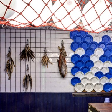 乌克兰Taranka Dry Fish - Craft Beer餐吧  Kassa Design