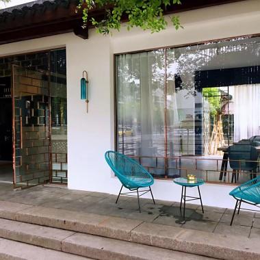 湖州网红集合店 水乐坊沿河的老房改造