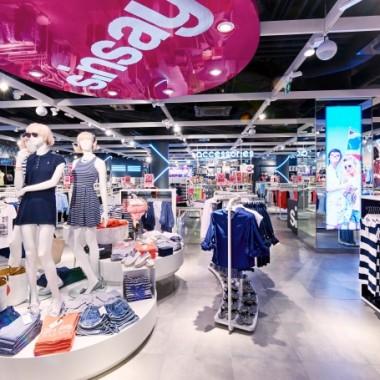 华沙Sinsay女性服装专卖店空间创意设计11892.jpg