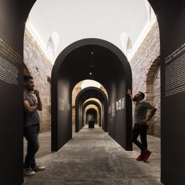 德戈伊斯展览馆和审讯受难者纪念堂  spaceworkers