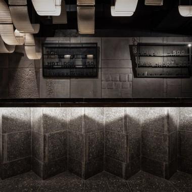 柏林酒吧,莫斯科  Thilo Reich3877.jpg