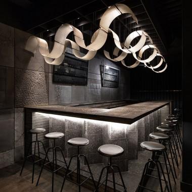 柏林酒吧,莫斯科  Thilo Reich3888.jpg