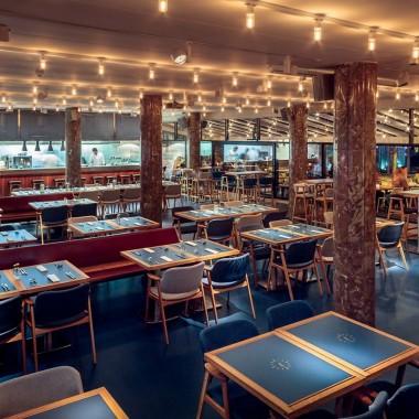 候車大廳內的酒吧餐廳,布達佩斯  81font4191.jpg