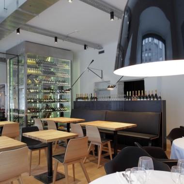 拉脫維亞酒吧餐廳10009.jpg