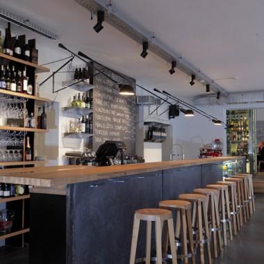拉脫維亞酒吧餐廳10012.jpg