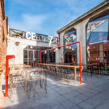 阿根廷Captain酷勁十足的酒吧設計13970.jpg